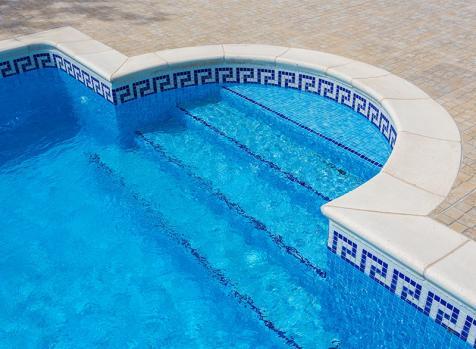 Pose de carrelage de piscine à Toulouse